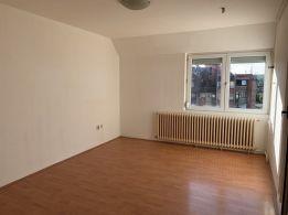 Odličan, četvorosoban stan kod Plaze 57m2+18m2 - 45000 eura