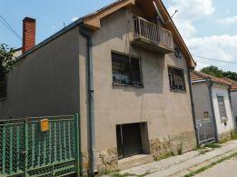 Uknjižena kuća na Maloj vagi u mirnoj ulici - 41000 eura