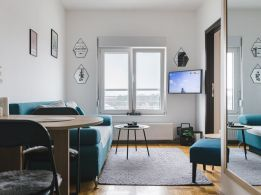 Eksluzivan apartman sa pogledom na bazen 25€/dan - 4 zvezdice